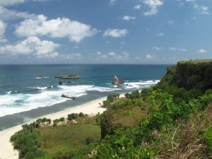 Pantai Buyutan dari atas bukit