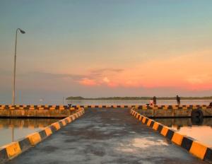 Dermaga Pelabuhan Besar Karimunjawa