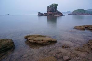 Air laut yang masih tenang