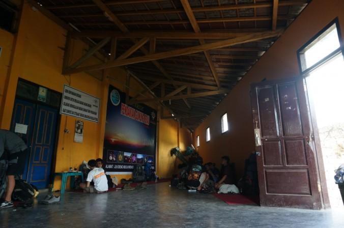 suasana basecamp Patak Banteng